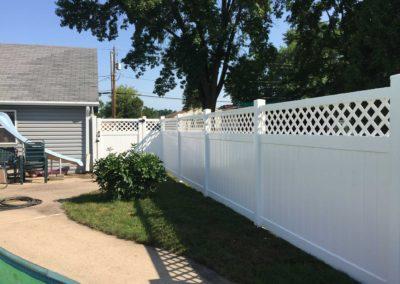 vinyl lattice fence
