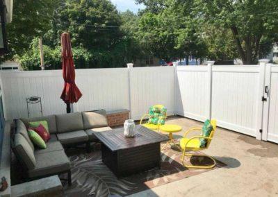 vinyl fence patio