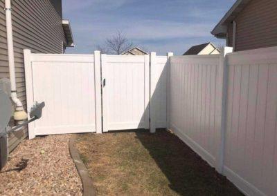 vinyl fence gate